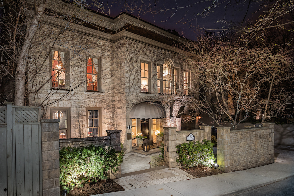 Home Of The Week: A $6.489 Million Mansion Overlooking The