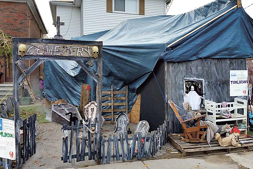 Spooky Streets Tomlinson