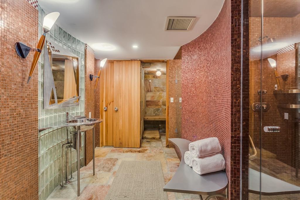12-BAYTREE-sauna