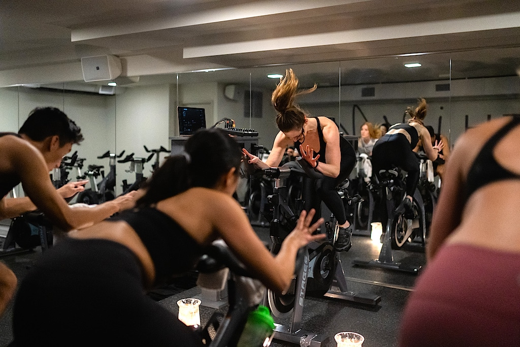 spin-classes-loft-cycle-club