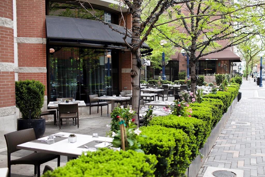 restaurants open Canada Day