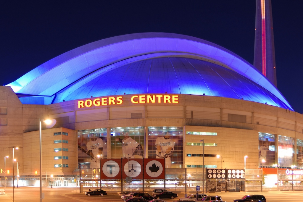 Blue Jays return Rogers Centre