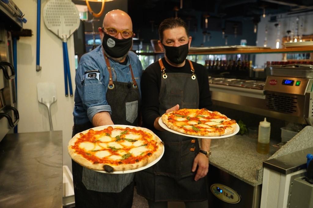 halal pizza MAS E MO Toronto