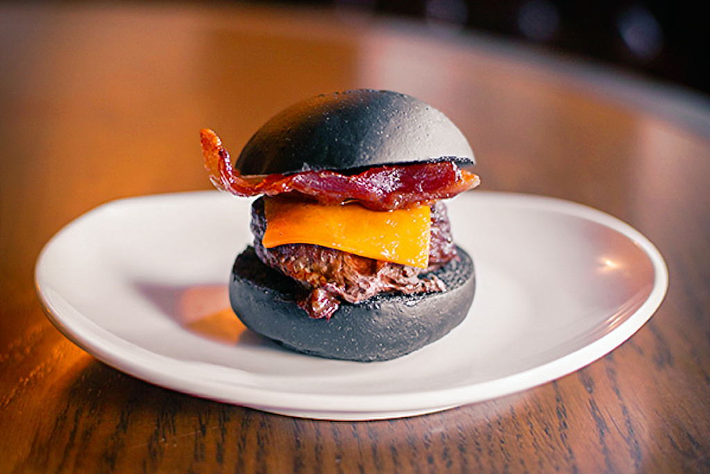 Storm Crow deathburger