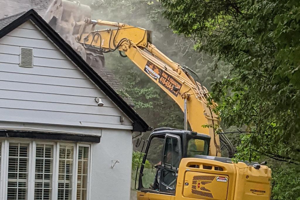 Hogg's Hollow demolition