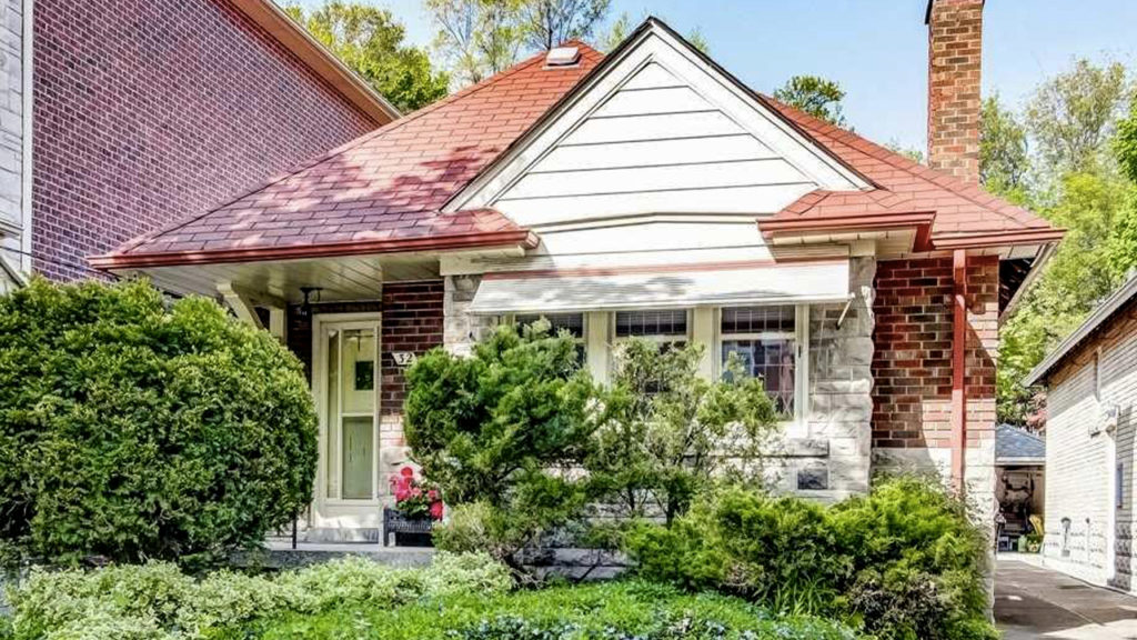 Toronto real estate: Home in leaside