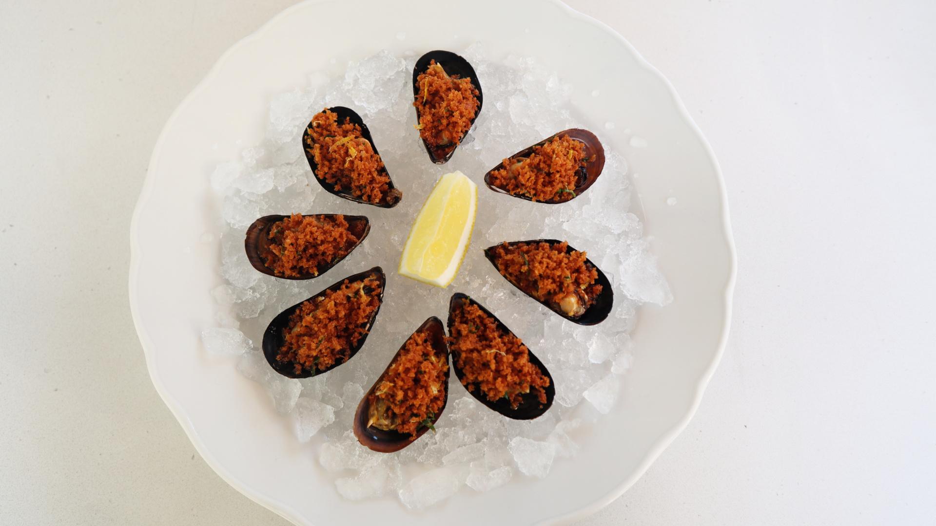 toronto beach club mussels